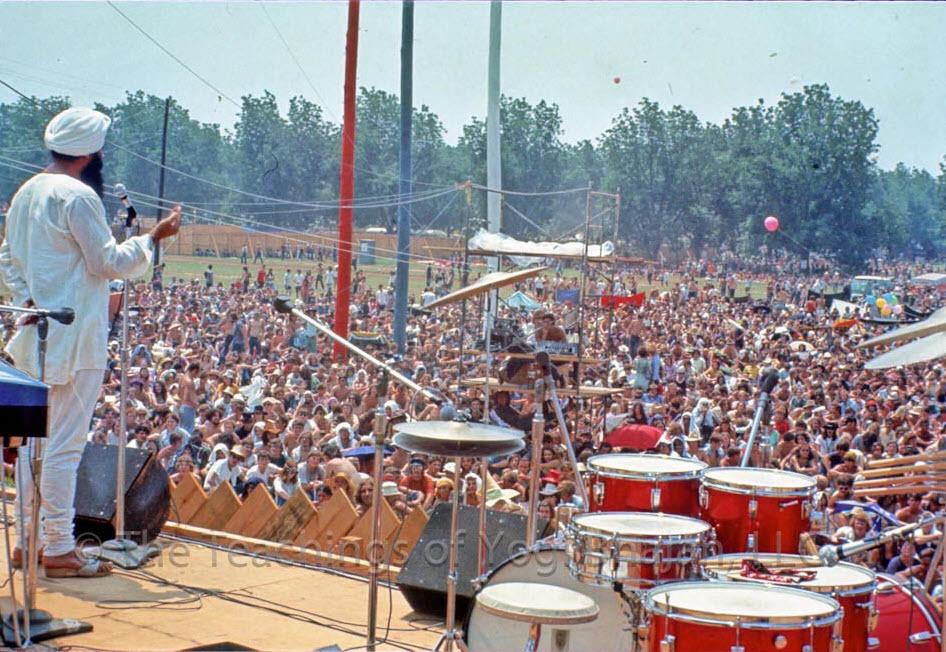 Woodstock Wahe Guru! The Awakening of a Generation