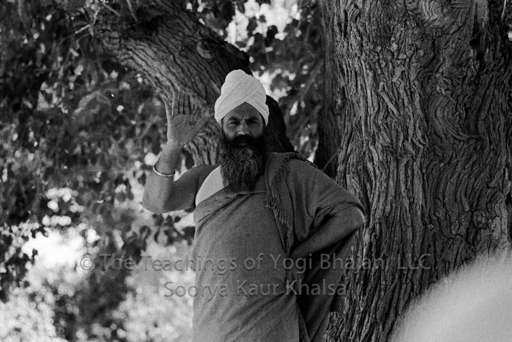 Yogi Bhajan Lecture:  Prepare Yourself to Serve the Age of Aquarius