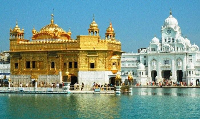 Visiting the Siri Harmandir Sahib/Golden Temple & Miri Piri Academy